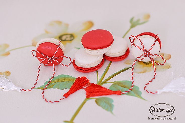 A little sweet. A lot of yum. From Macarons Madame Lucie - Bucuresti #macarons #madamelucie
