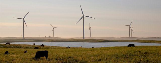 Solución Solar & Led :  ENERGÍAS RENOVABLES   Las energías renovables son...