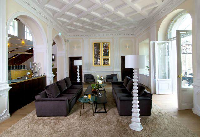 10 Stunning Ideas by Kitzig  Home Decor | Interior Design Inspiration | Modern Interior Design #inneneinrichtung #wohndesign #modern interior design  Find more inspiration in: https://www.brabbu.com/en/inspiration-and-ideas/interior-design/stunning-home-decor-ideas-kitzig-inspire/3