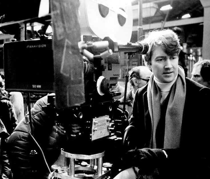 David Lynch http://7artcinema.online.fr/7artcinema_cinema_7art_director_david_lynch.html