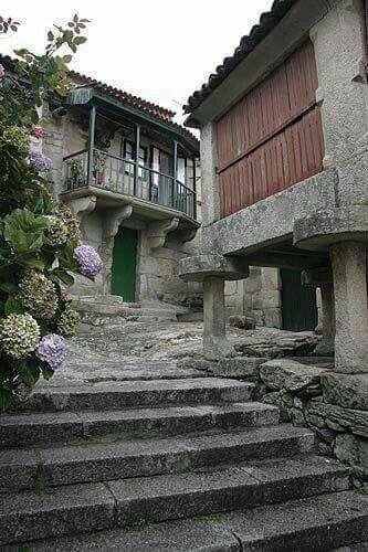 Combarros, Pontevedra, Galicia