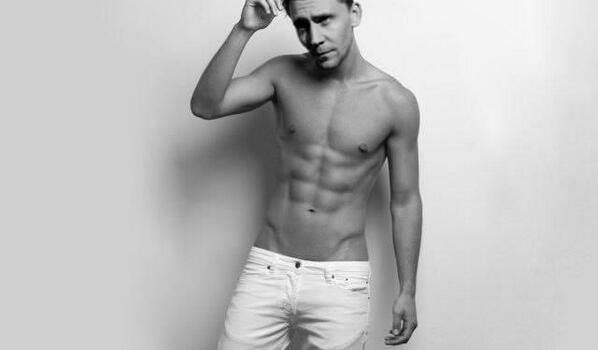 Shirtless Hiddles! Squee! Did anyone else pee their pants? No, just me? okay great!