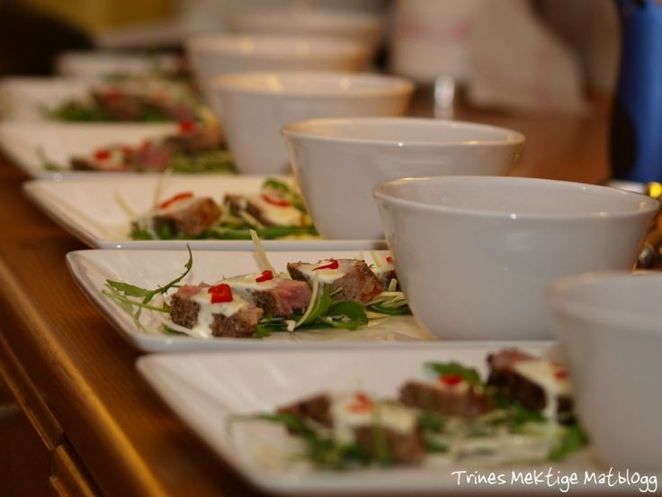 » Tunfisk med wasabi-crème og thaisuppe