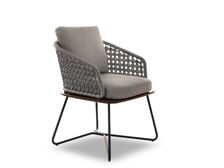 Upholstered garden chair rivera collection by minotti for Sofa exterior jardim