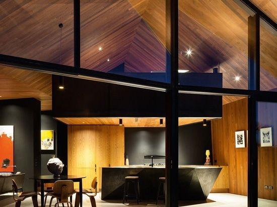 Amazing The Crossing Is A Private Home Built On The Original Cattle Tablelands  Overlooking Pakiri Beach. The House Fuses Together A Limited Material  Palette Of ...