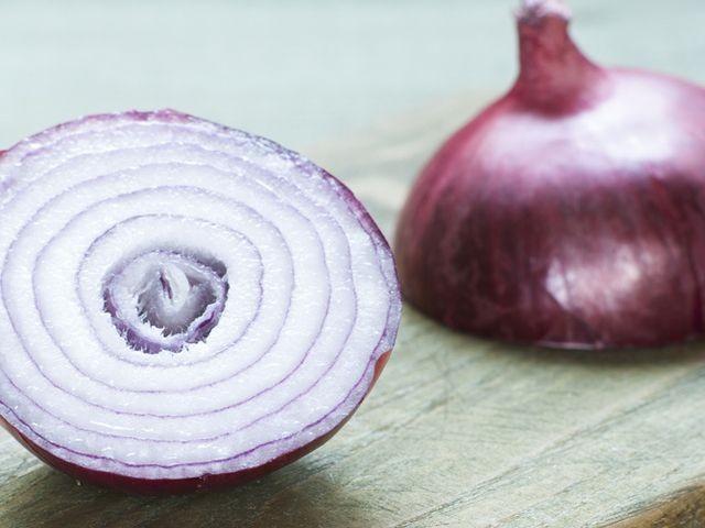 Savanyított lila hagyma - Receptek | Ízes Élet - Gasztronómia a mindennapokra