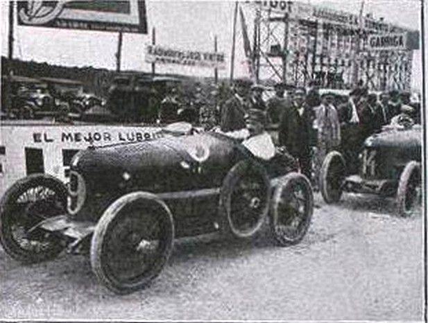 Talbot no.9 conduit per S.Risto que es classificarie tercer al GP Penya Rhin de 1923. Circuit de Vilafranca del Penedes