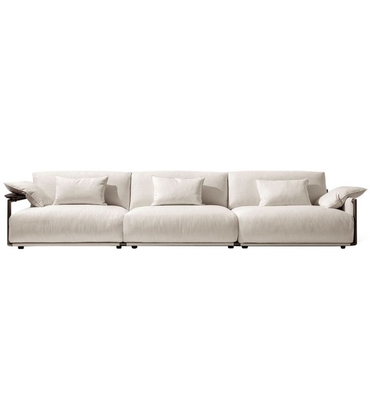 Adam designed by Carlo Colombo for Giorgetti is a modular sofas available in different configurations.