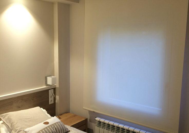 Estores en habitaciones. Ideas para apartamentos, fáciles de limpiar y muy funcionales.