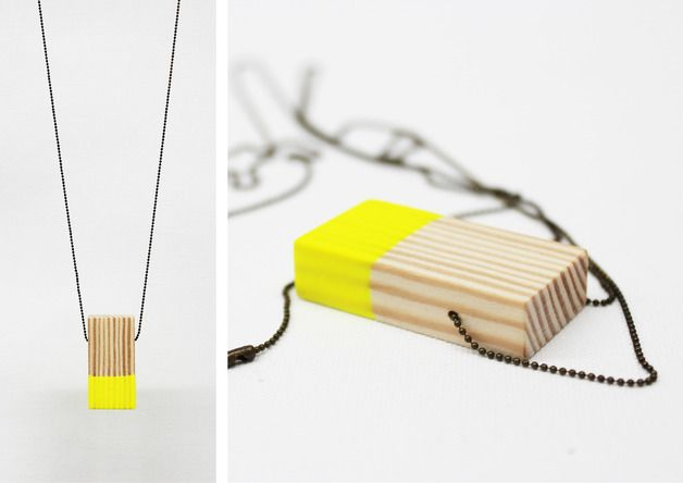Holzkette mit Neon-Anhänger // wooden necklace with neon tag by melamei via DaWanda.com