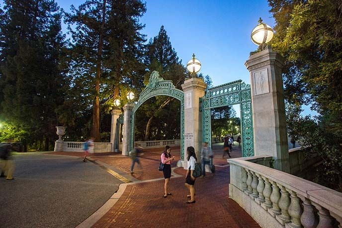 Get MBA application tips from admissions directors for the full-time MBA, Evening & Weekend MBA, and MBA for Executives Programs at Berkeley-Haas