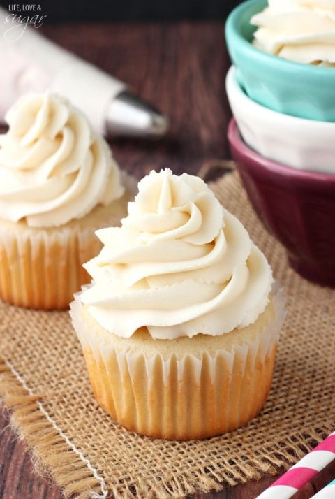 Cake Decorating Frosting Recipe Without Shortening : Vanilla Buttercream Icing Recipe Life, Love and ...