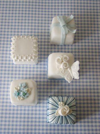 Blue Gingham Miniature Cakes