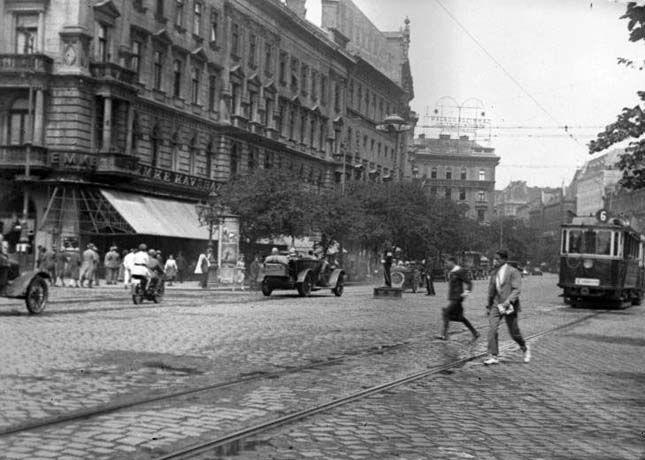 1929. Nagykörút-Rákóczi kereszteződés, a mai Blaha Lujza tér