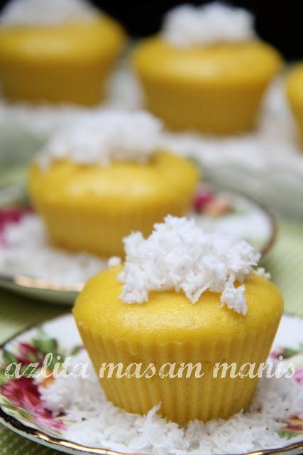 manis: APAM LABU pumpkin yeast coconut milk