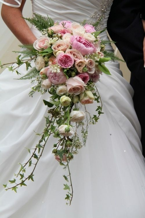Beautiful bouquet with roses and trailing ivy