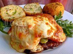 Rakott karajszeletek, sajtos rizsgolyókkal | Józsi konyhája