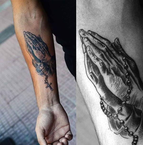 Manos Rezando Ideas Del Tatuaje Ideas Manos Rezando Tatuaje Tatuaje De Las Manos En Oracion Tatuaje De La Mano Tatuaje De Jesus En La Mano