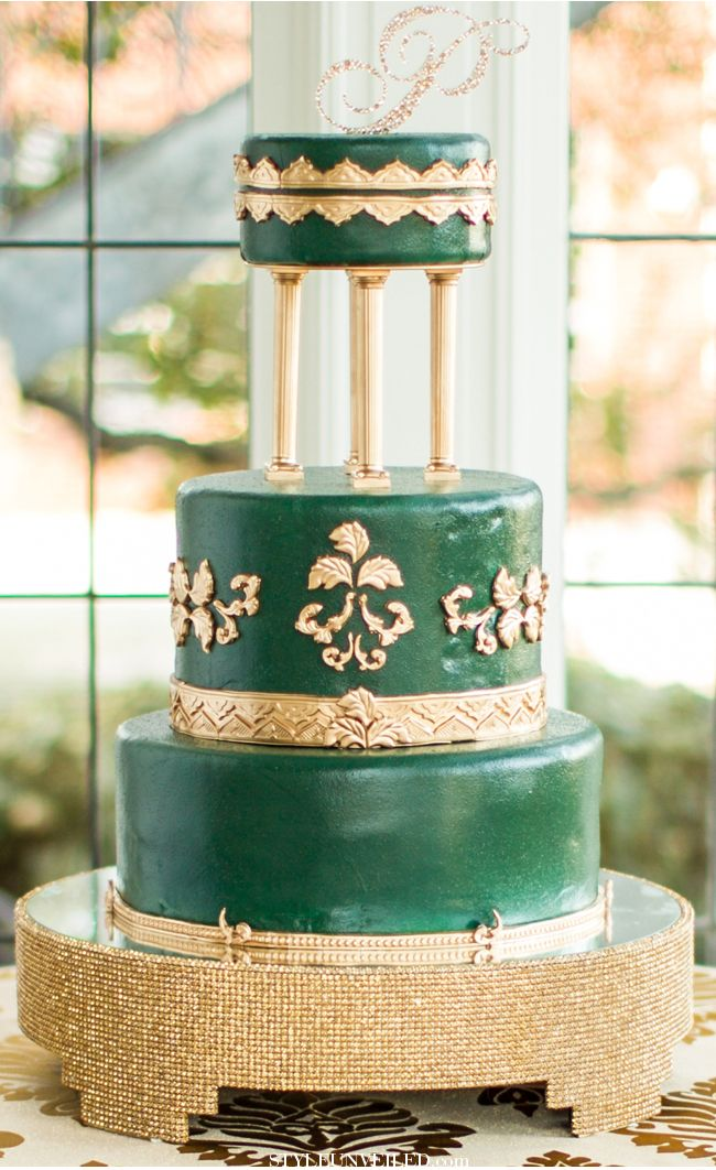 olive green and gold wedding cake 60 best images about emerald green cakes on 17999