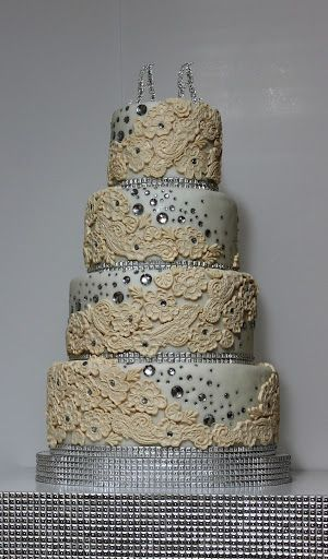 viorica's Cakes: Wedding Cake Lace and crystals