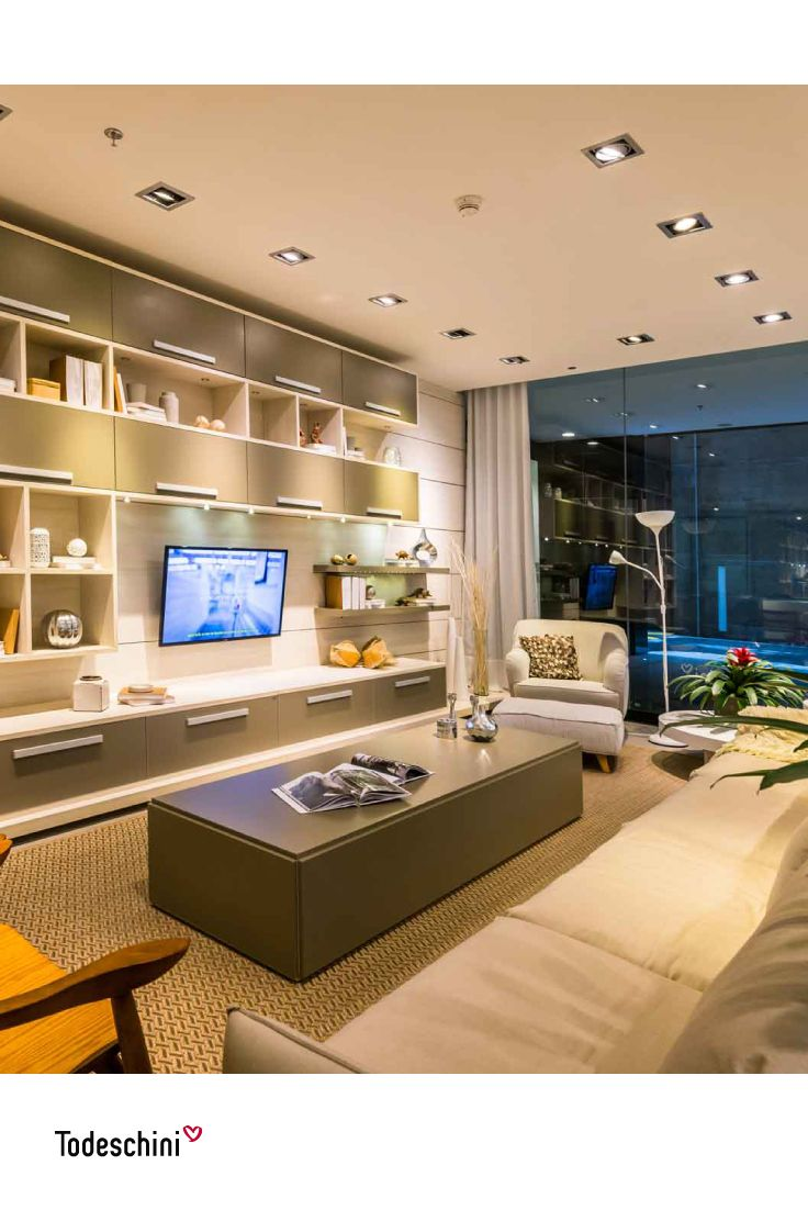 Descubre en nuestro showroom los mejores diseños para decoración de interiores. Personaliza tus ambientes y proyecta estilo y elegancia.  #Diseñodeinteriores #Decoración #Todeschini #ambientes #arquitectura