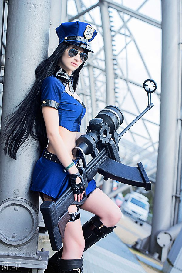 261 best images about League of Legends and Cosplay on ...