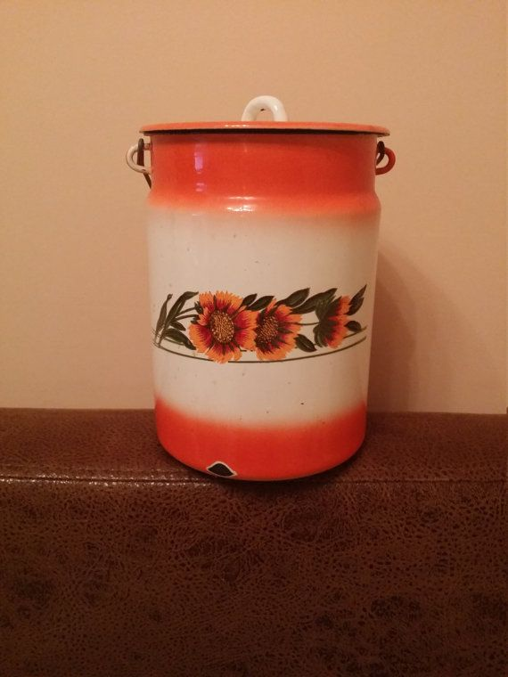 Vintage enamel milk churn. Made in the от USSRVintageShopUSSR