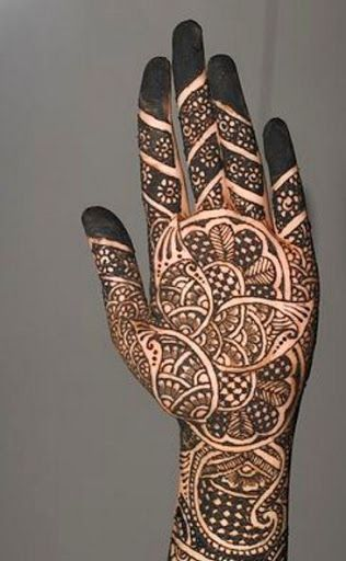 59 best henna tattoo designs images on Pinterest | Henna tattoos ...