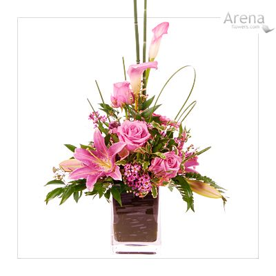Modern floral arrangements flower arrangements for table for Contemporary table arrangements