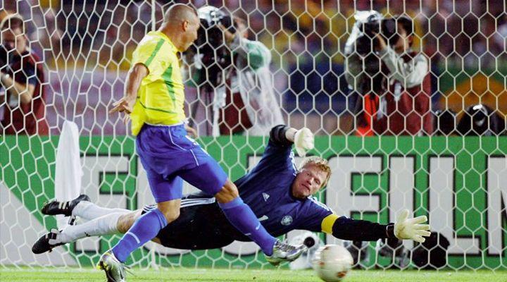 30 GIUGNO 2002 | Ronaldo risorge: 2 Gol e vittoria del Mondiale, prima di tradire l'Inter...