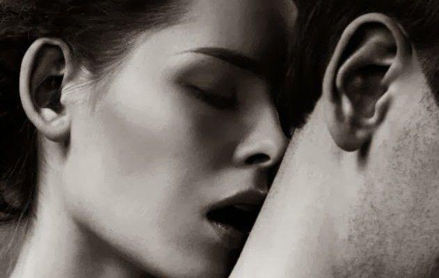Κι αν δεν ζαλίζεσαι από έρωτα, τί να το κάνεις; Να στριφογυρνάει το μυαλό μου μόνο σε εσένα… αυτό μπορείς να το πετύχεις; Εκεί σε θέλω! Εκεί είναι η μαγκιά! http://readmebyeleni.com/allo-ifos/ki-an-den-zalizesai/