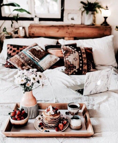 house accent tumblr house decor tumblr bed room bed room pillow bedding boho deco…