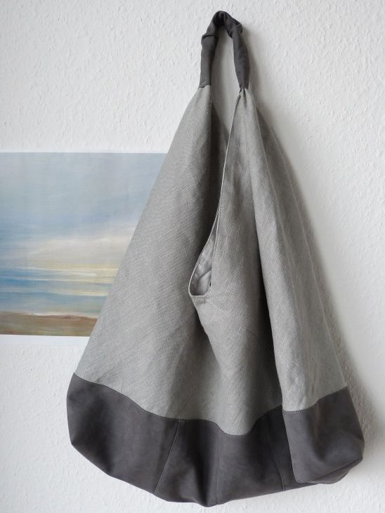 Azuma Bukuro bag made from linen and faux suede, lined, with key holder and zippered bag.
