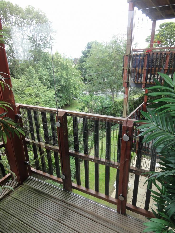 Glass and Stainless Fixing - Glass Balcony Windbreak