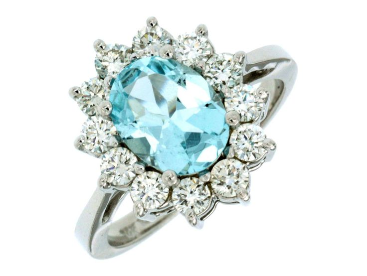 Metal: 14K White Gold Diamond Total Weight: 1 ct Aquamarine: 1.5 ct
