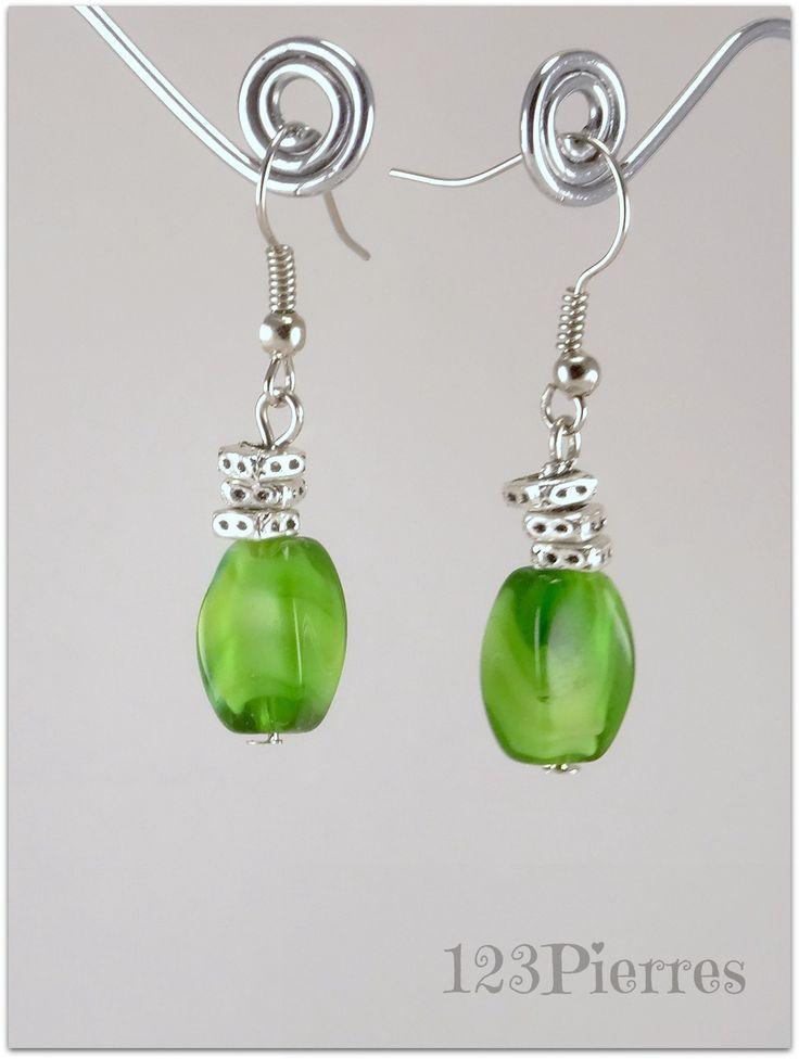 Courtes boucles d'oreille en Murano torse et détails carrés - Bijoux 123 Pierres : Boucles d'oreille par 123pierres