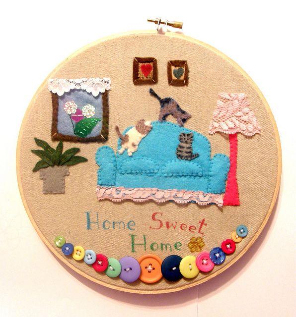 Cat home embroidery hoop | Flickr: Intercambio de fotos