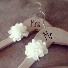 Accessoire & cadeau pour mariés et témoins de mariage - www.savethedeco.com