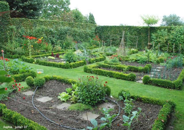 138 best potagersvegetable gardens images on Pinterest Potager