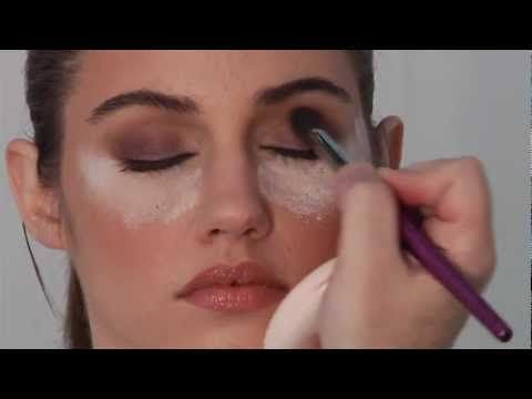 10 Minute Smoky Eye Make Up Tutorial Video with Robert Jones - YouTube