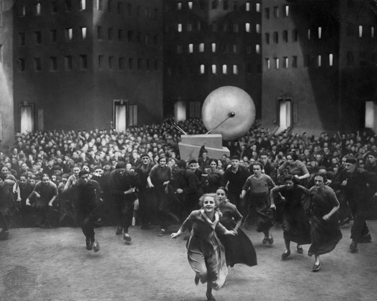 metropolis and dystopia A canon of the most influential dystopian texts of the past the 10 most important dystopian books and films fritz lang's metropolis (film.