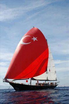 türk bayrağı, türk bayrak, türk bayraklı tekne
