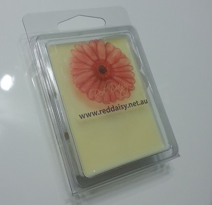 Red Daisy melts are made from soy wax which is non toxic, burns cleaner than commonly used paraffin wax and produce a pure scent with a stronger scent throw. Available in a variety of scents.