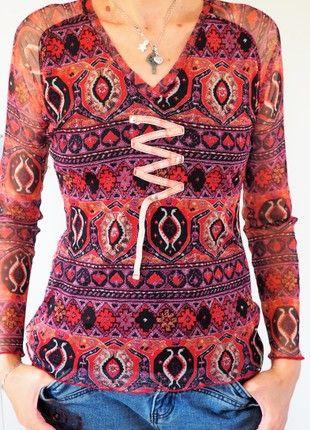À vendre sur #vintedfrance ! http://www.vinted.fr/mode-femmes/tee-shirts/51266012-t-shirt-manches-longues-imprime-abstrait