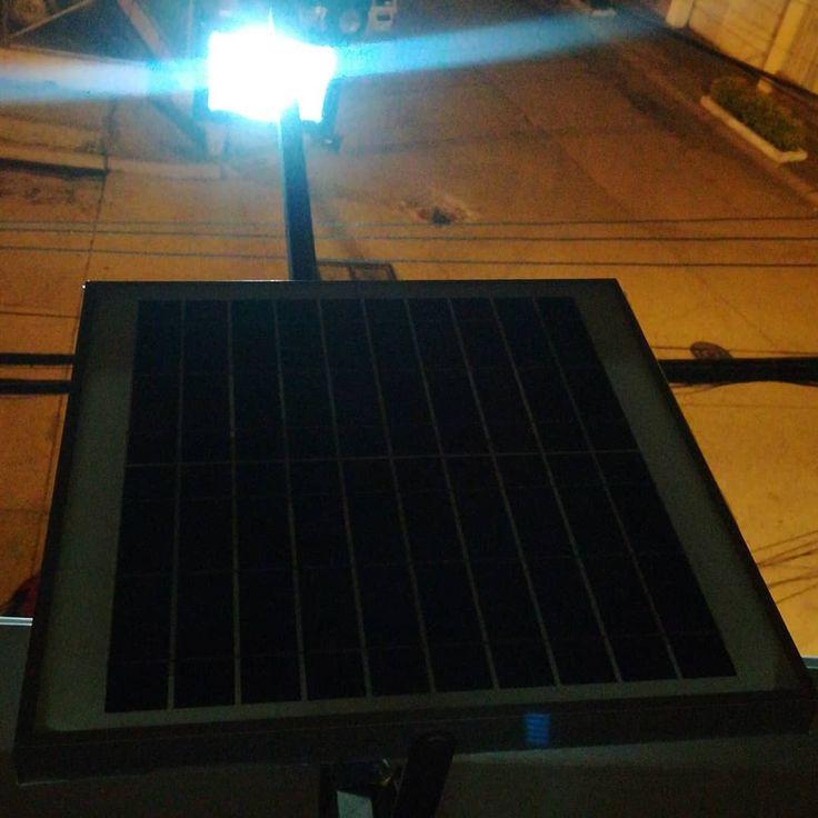 Manten la luz encendida sin pagar por consumo eléctrico; simplemente recicla energía solar mediante nuestro sistema solar fotovoltaico.  Contact us through DM or Whatsapp 0984295758  #ecusolar #greenpower #solarenergy #energiasolar #solarpower #sun #power #cargadorportatil #celular #movil #iphone #ipod #ipad #tablet #camara #mp3 #usb #guayaquil #quito #cuenca #ecuador #luminaria #luz #lampara #led #panelessolares #reflector #alumbrado #electricidad #publicidad