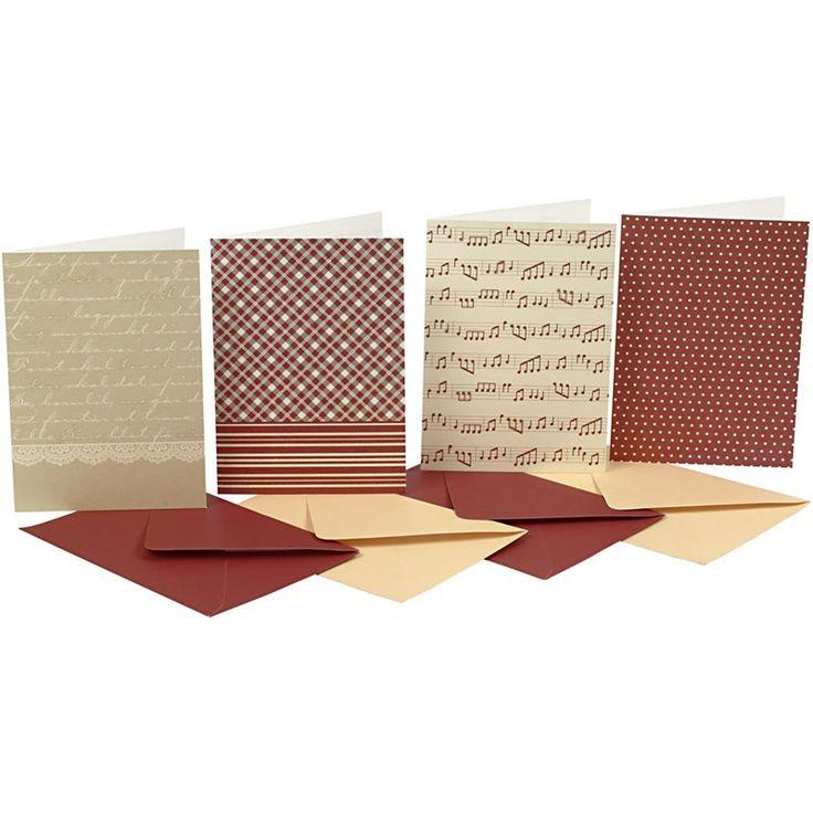 Ook in de serie Vivi Gade Copenhagen een set van 4 basiskaarten voor het zelf maken van kaarten! Decoreer met lint, papier en decoraties uit deze serie en in een handomdraai, heb je een prachtige kaart.