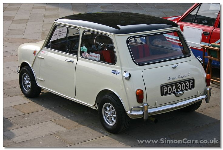 Austin Mini Cooper 1967 S rear - Austin Mini Cooper S. In 1964 the 1071 S version of the Cooper was was replaced by the 970 S and the 1275 S Mini Coopers.