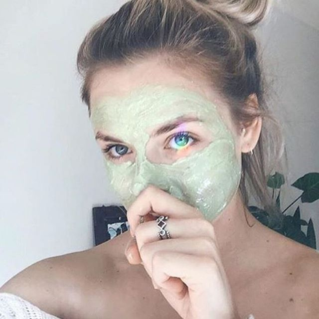 "oh heyyyy @muktiorganics! what a babe with this #mixnmatcha masque. ""Yum! Treating myself to our new deep cleanse antioxidant #matcha masque. Feat. prism in my eye! A gentle and effective age defying treatment that deeply purifies and detoxifies the skin's appearance while supplying essential antioxidants, phytonutrients and minerals.  White clay balances oil production and removes dead skin cells whilst CoEnzyme Q10, Pomegranate, Tamanu, SeaBuckthorn, Chia and Carrot seed oils provide a…"