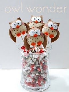 """Peyton thinks her teacher is soooo funny.  I want to make this and put """"you're such a hoot"""" on it."""