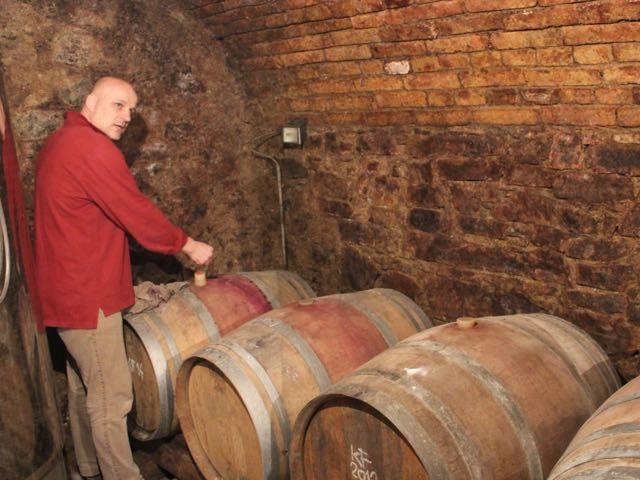 Peter Wetzer in the cellar